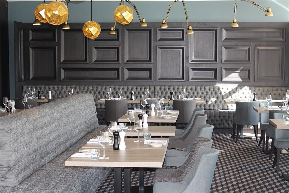 doos architects radisson blu dortmund. Black Bedroom Furniture Sets. Home Design Ideas